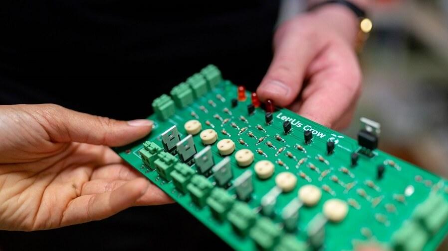 semiconductor board